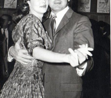 1957-spring-chuck-painter-az412-with-lindy-scott