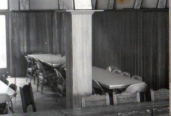 1957-theta-xi-dining-room