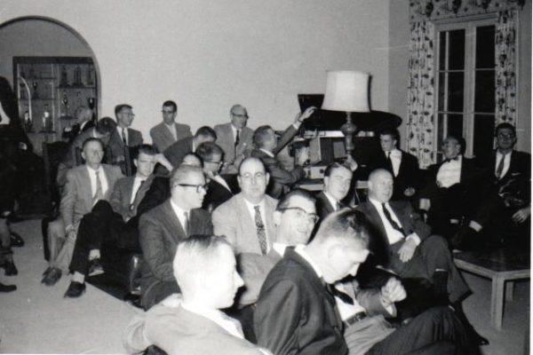 1957-theta-xi-meeting-in-living-room